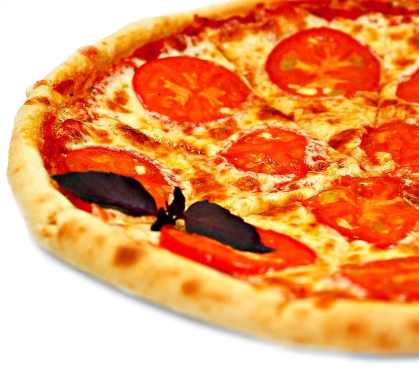 Пицца классическая с колбасой рецепт с пошагово